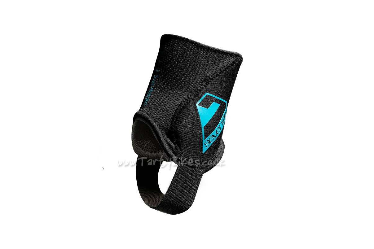 7iDP Control Ankle Protectors