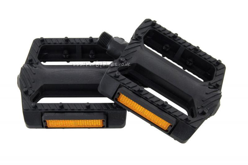 Jitsie Plastic Platform Pedals