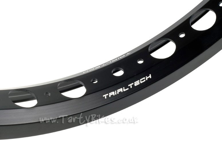 Trialtech Sport Circle Hole Front 20""