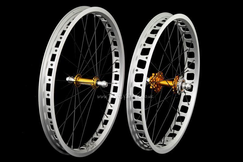 """TartyBikes Custom Silver/Gold 19/20"""" Wheelset"""